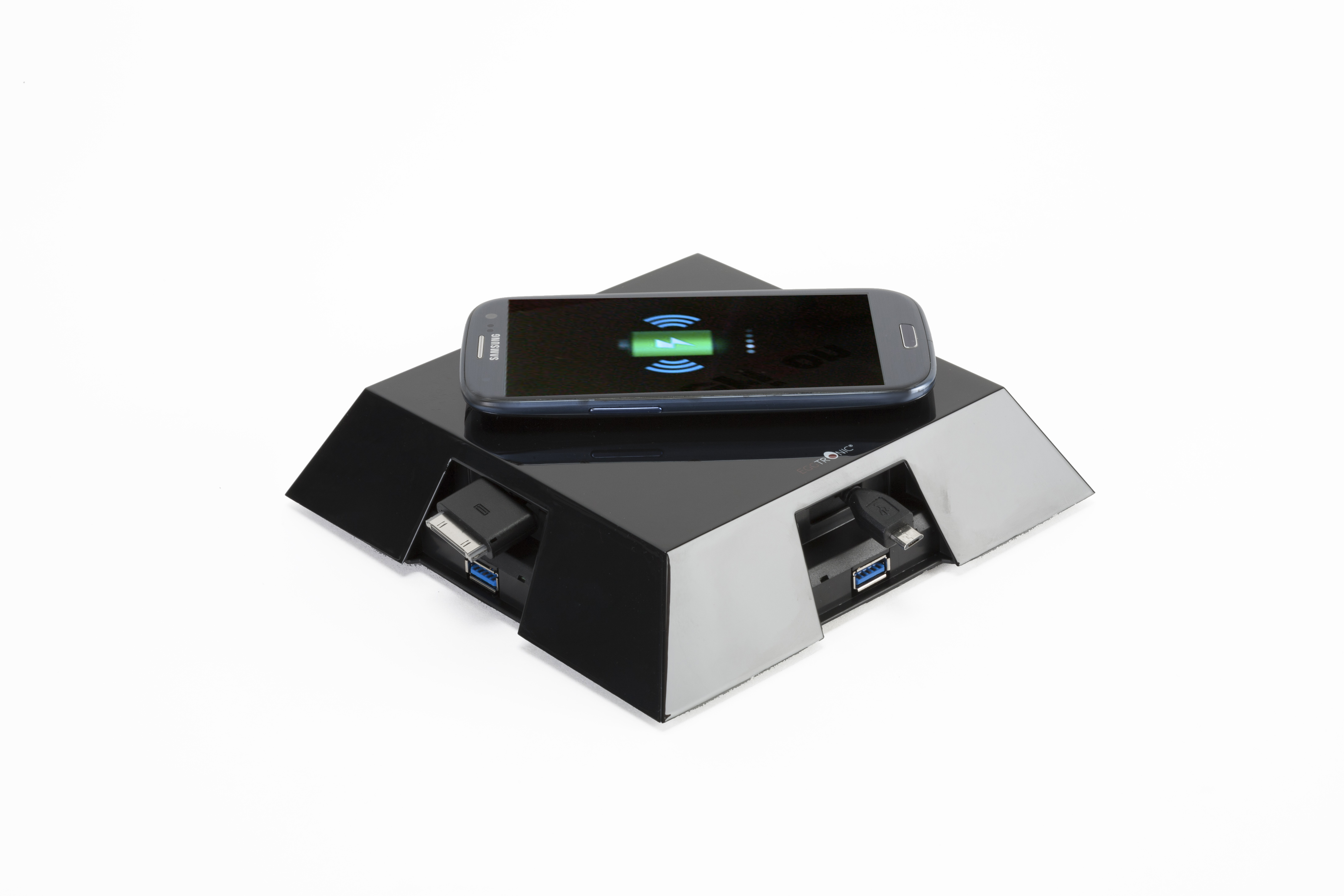 give like santa with the eggtronic qi wireless charger. Black Bedroom Furniture Sets. Home Design Ideas